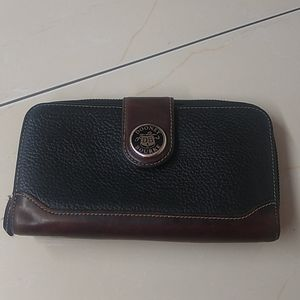 Dooney Bourke Leather Zippered Wallet